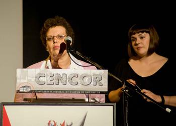 María Antonia García-Heras y Marta López-Rey presentando la gala de clausura